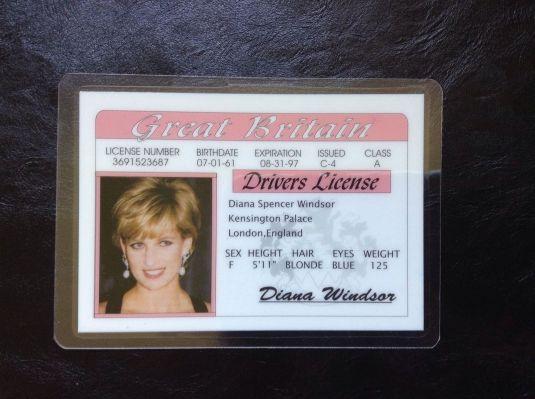 Diana copia de la licencia de conducir de Diana